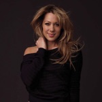 View artist Colbie Caillat