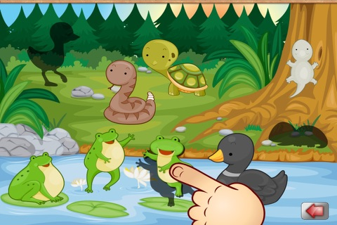 Big Forest Puzzle - free game for toddlers and kids with animals like snakes, bears, frogs ducks, rabbits,  bats, foxes or deers screenshot 1