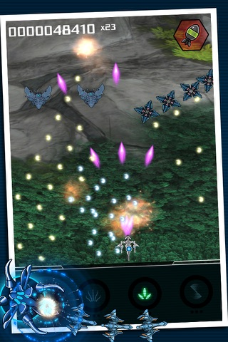Squadron - Bullet Hell Shooter screenshot 4