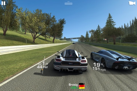 Real Racing 3 screenshot 2