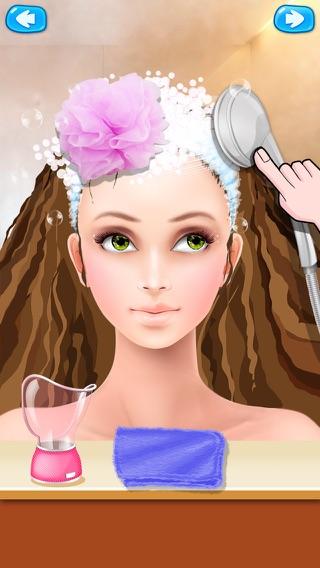 Giochi di parrucchiera trucco e manicure