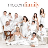 Modern Family, Season 2 - Modern Family Cover Art